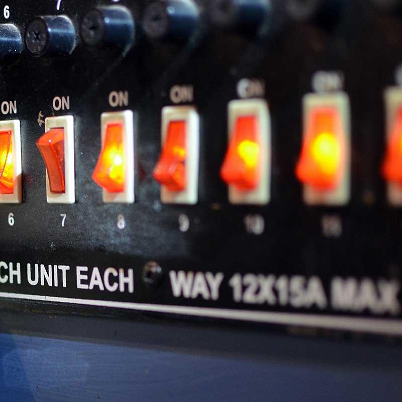 Ściemniacz LED obsługiwany przyciskiem (push-button)